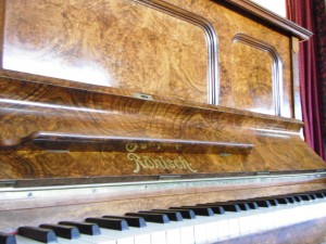 image-ronisch-piano-for-sale-07