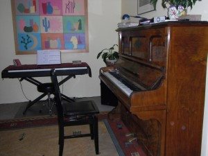 image-ronisch-piano-for-sale-08